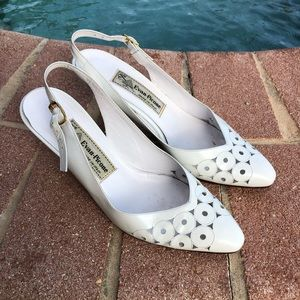 Vintage Evan Picone White Leather Pumps